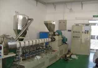 nhiệt điện từ máy đùn, máy tạo