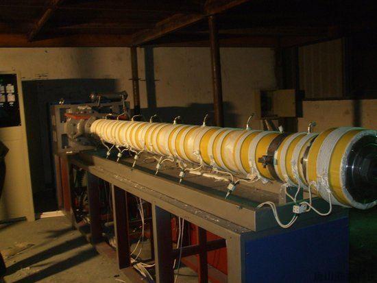 nhiệt từ máy đùn nhựa công suất lớn